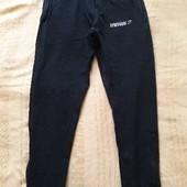 Спортивные штаны фирменные лёгкие Gymshark р.46-48
