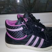 Кроссовки Adidas 39 размер