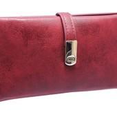 Ультратонкий женский кошелек бордового цвета