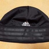 Спортивная фирменная шапка Adidas climalite на объём головы 60