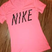 Классная футболка размер м nike