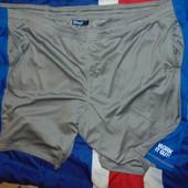 Стильние новие фирменние спортивние шорти капри Crivit.2хл -3хл-4хл .