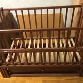 Кроватка детская с ящиком (маятниковый механизм).