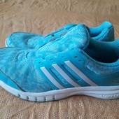 Кроссовки фирменные Adidas р.39-24.5см.