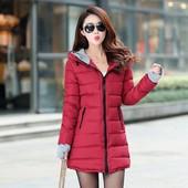 Женская зимняя курточка в отличном состоянии