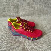 merrell р.36 круті кросівки для бігу оригінал нові
