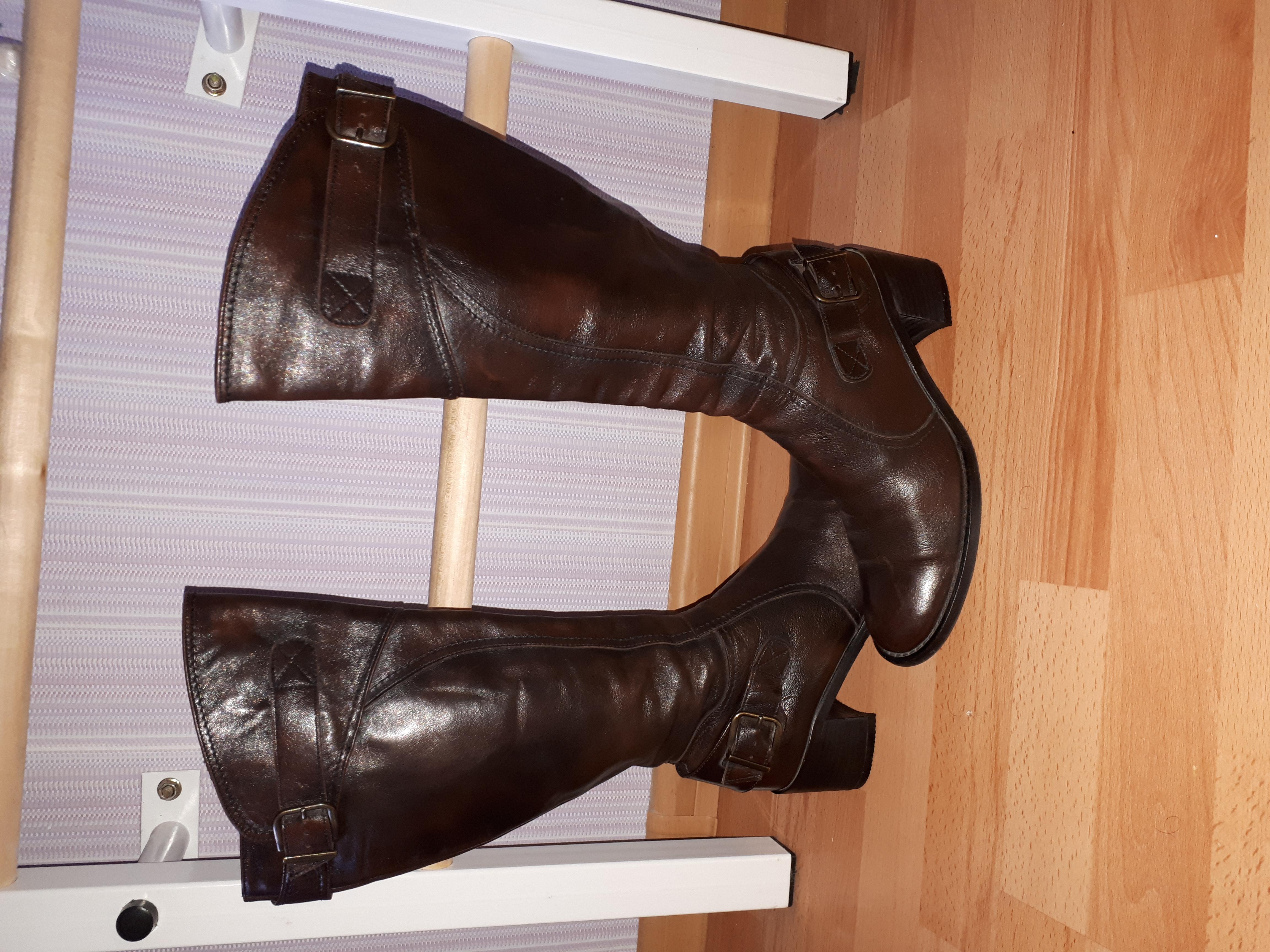 Шикарные кожаные сапоги Vera Gomma (Италия) 36р.