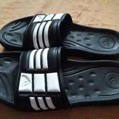 Шлёпанцы фирменные Adidas р.42-27.5см.
