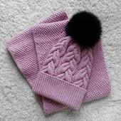 Комплект шапка + снуд натуральный бубон помпон
