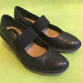 Туфли кожаные Clarks р.37, стелька 24см.