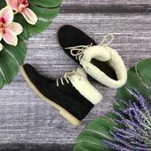 Комфортные ботинки с меховой отделкой  SH180444