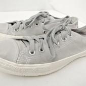 Стильные фирменные серые кеды Converse (Конверс) размер 7/39-40 длина стельки 25,5 см.