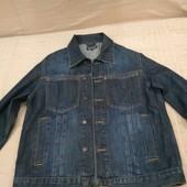 Продам в отличном состянии, фирменный L.O.O.G,джинсовую куртку, пиджак, р. S
