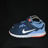 кроссовки Nike, р. 32