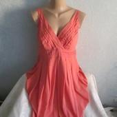 Очень красивое женское платье рр 14 !!!!!!!!!!!