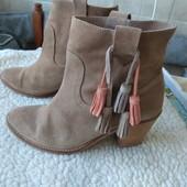 Замшевые деми ботинки 24.5см португалия
