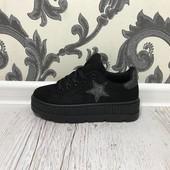 Туфли, слипоны, кроссовки черные на танкетке