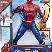 Фигурка человека-паука 38см Hasbro со световыми и звуковыми эффектами