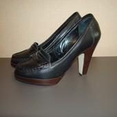 Туфли лоферы р.36 Carvela