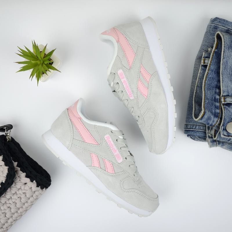 Кроссовки белые (светло-светло-серые) замш в стиле reebok classic (36\39) фото №1