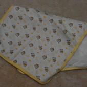 Непромокаемая пеленка 63 на 40 в коляску или кроватку