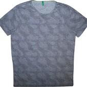Мужская футболка в узорчик united colors of benetton M