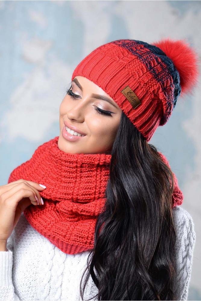 Женская шапочка с помпоном фото №1