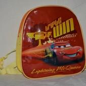 обалденный фирменный рюкзак Тачки Дисней Disney Молния Маквин оригинал