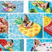 Intex Яркие надувные матрасы и круги для плаванья