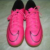 Футзалки р-42 Nike Mercurial
