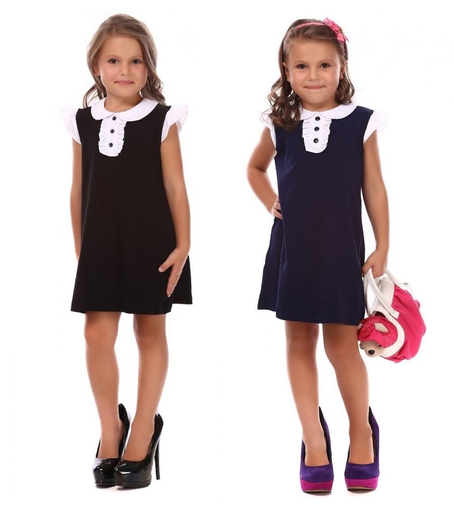 Трикотажное платье с белым воротником в школу. фото №1