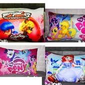 Подушка с ярким 3-D рисунком, порадуйте своих детишек!