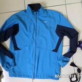 Nike S куртка ветрівка