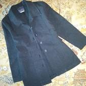 Лёгкий удлиненный пиджак на 6-7 лет