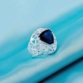 Шикарное женское кольцо с сапфиром р 17
