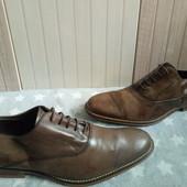 Туфлі повністю із натуральноі шкіри 42 рр і устілка 29 см. Читаємо оголошення.