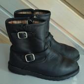 Сапоги ботинки кожа Ugg оригинал (27)