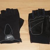 Перчатки для фитнеса Nike Womens Fundamental Training