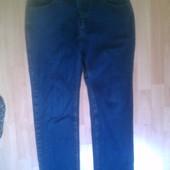 Фирменные джинсы 32 р.