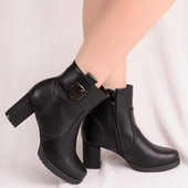 Удобные женские ботинки на устойчивом каблуке