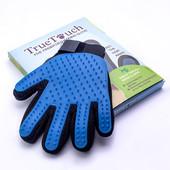 Массажная перчатка для вычесывания