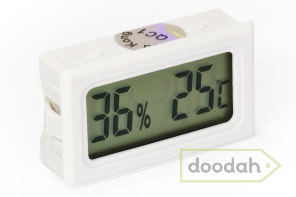 Термометр / влагомер для дома на батарейках фото №1