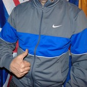 Спортивная фирменная оригинальная кофта мастерка олимпийка Nike.л .