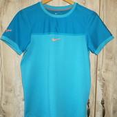 Футболка Nike размер ХЛ идет на М