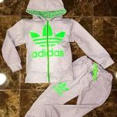 Спортивный костюм адидас детский .
