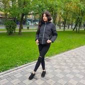 Женская куртка короткая черная