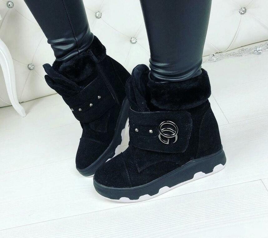 Ботинки сникерсы замшевые на танкетке черные фото №1