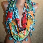 Дизайнерский шарф Desigual. очень красивый
