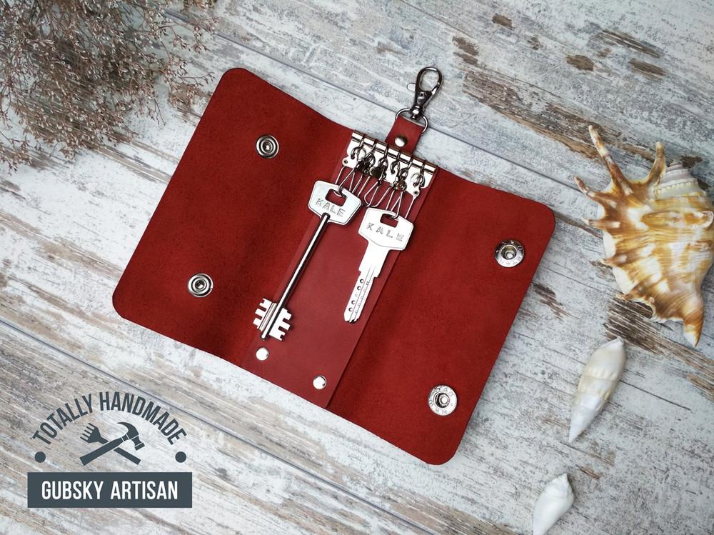 Ключница чехол для ключей 6 карабинов натуральная кожа фото №1