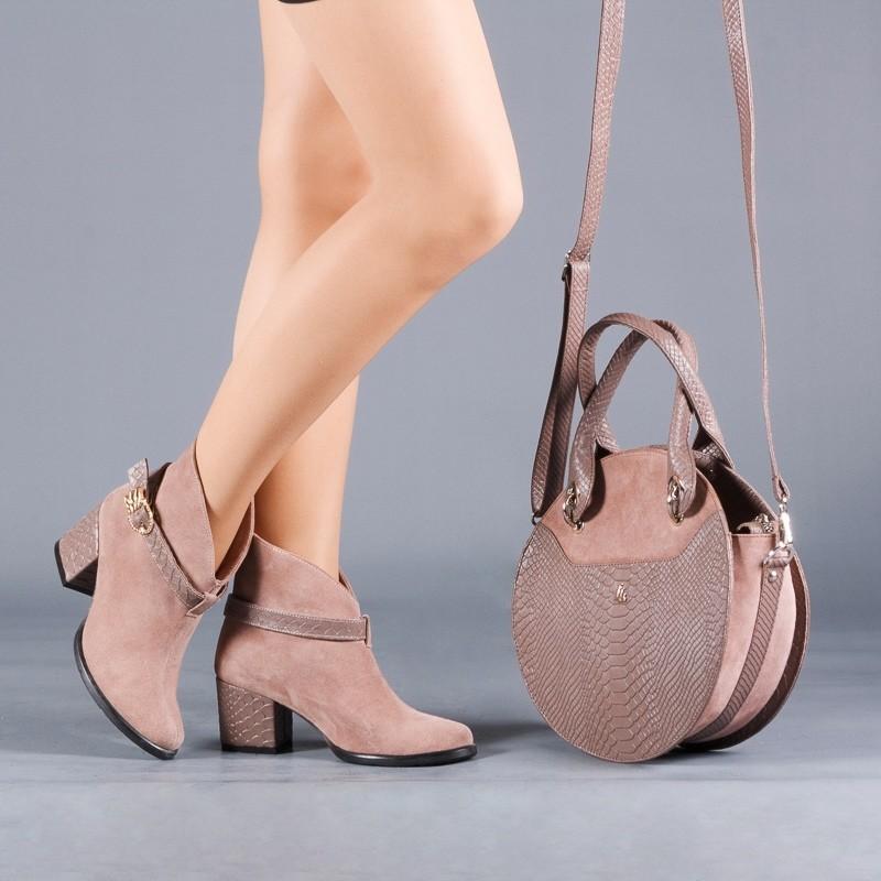 Ботинки люкс качества инд пошив(на любую голень) каблук 4,6,8,9 см или танкетка разные цвета фото №1